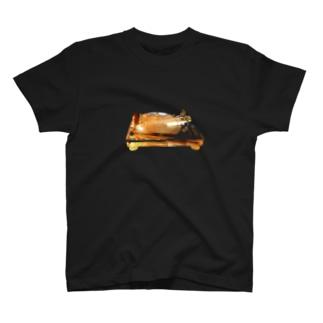 ターンテーブル T-shirts