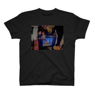 レトロみのある T-shirts