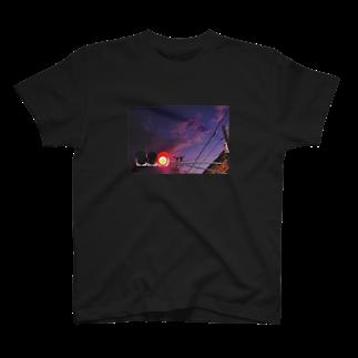 cozcozの信号機 T-shirts