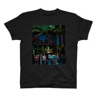 路地裏somewhere-tokyonight T-shirts
