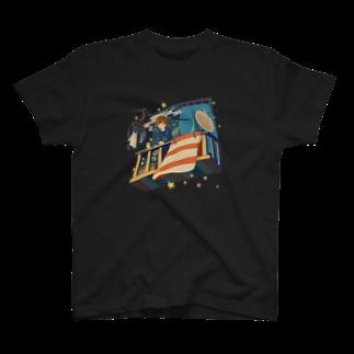 カラサワの夜行漫遊バルコニー T-shirts
