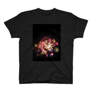 花火2 T-shirts