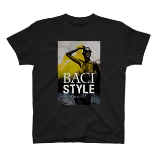 03-B T-shirts