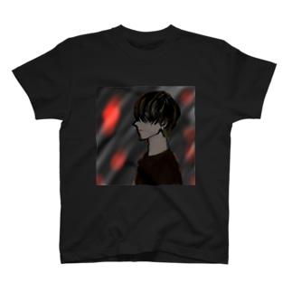 炎 T-shirts