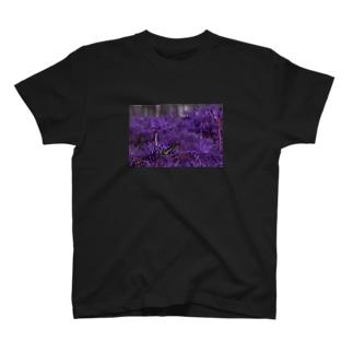 AL€xの彼岸花 T-shirts