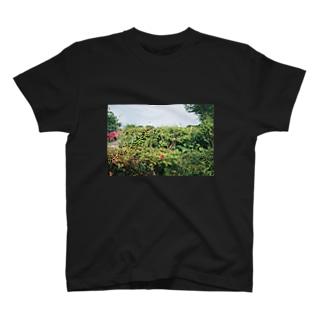 雑草のなかに T-shirts