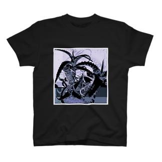 アロエ2 T-shirts