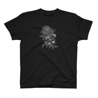 87の花 T-shirts