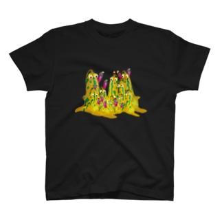 よそ者 T-shirts