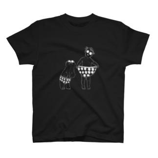 いちごぱんつ_くろ T-shirts