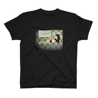 あたしの人生見世物小屋。 T-shirts