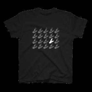 能登 英輔の爪人Tシャツ(咲良デザインver.4<白ベース>) T-shirts