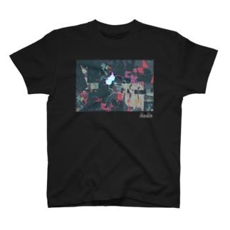 クロロの見返り美人T(ブラック) T-shirts