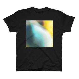 Melting pretend T-shirts