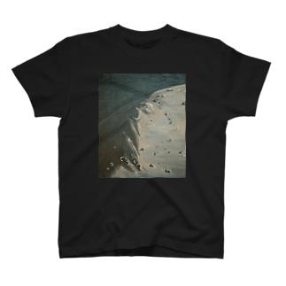 金字塔 T-shirts