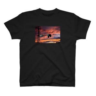maitic 青信号 T-shirts