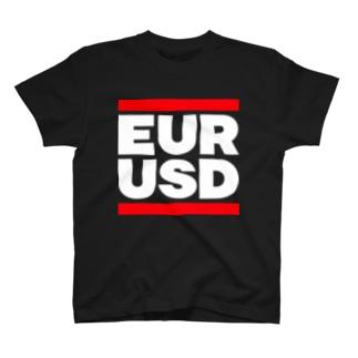ユロドル ユーロドル EURUSD FX 為替 両替 RUNDMC風 白字白フォント 白字の文字なのでカラーは黒色がオススメです 白色ですと文字が分かりません T-shirts