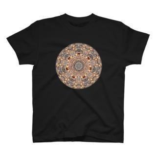 モコモコした曼荼羅 T-shirts