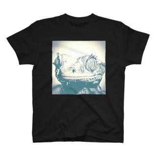 クレステッドゲッコー肖像画 T-shirts
