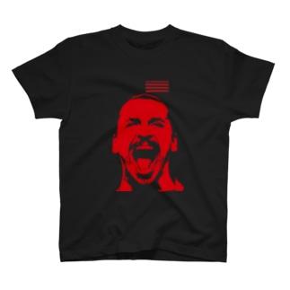 ZLATANERA 吠えるスウェーデンのサッカーの神様 T-shirts