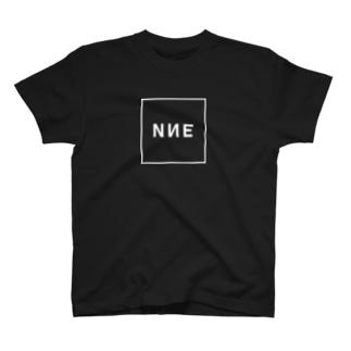 NNEの正方形ボックスロゴ2(WHITE)_NNE T-shirts
