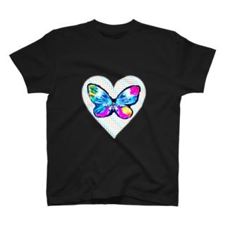 バタフライとハート T-shirts