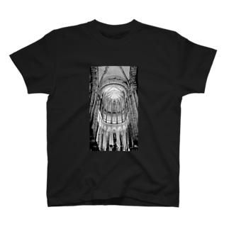 フランスの教会の 或る夜の 音楽会  monochrome_ver. T-shirts