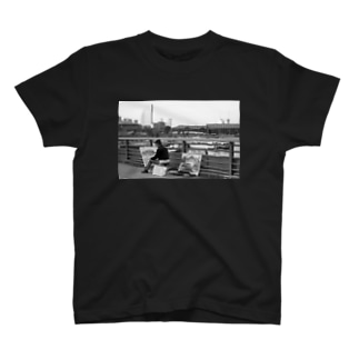 film photo-絵描きの男- T-shirts