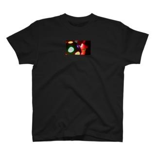 おやすみねんねのディスコボール・くま T-Shirt