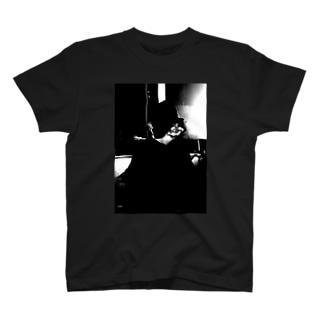 008むくみ T-shirts