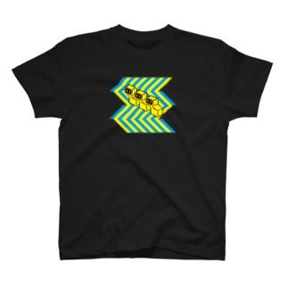 おじぎをするオブジェ T-shirts