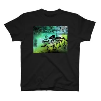 街と恐竜(グリーン) T-shirts