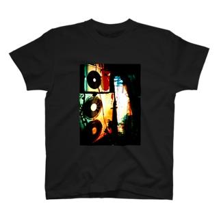 屋外ユニットのTシャツ T-shirts