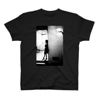 きみの帰りを待つ_01 T-shirts