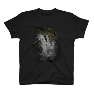 星に手を伸ばす T-shirts