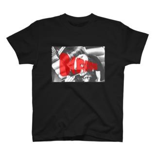 唐揚げ食べてる人Tシャツ(BP) T-shirts
