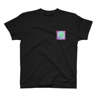 緑の閃光 T-shirts