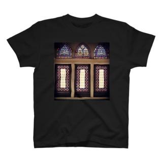 モスクのステンドグラス T-shirts
