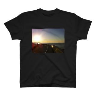鎌倉の朝002 T-shirts