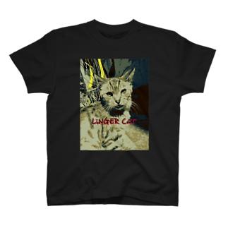 たたずむ猫さん T-shirts