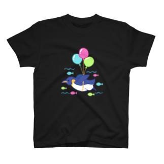 空飛ぶペンギンさん T-shirts