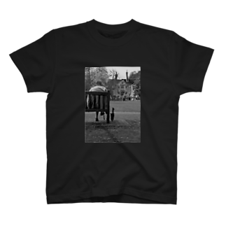 Summy&Trixieのthe black cat T-shirts