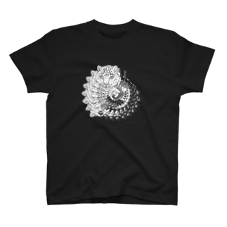 うずまきのユキヒョウ T-shirts