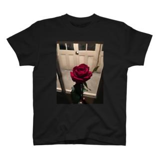 薔薇バラ T-shirts