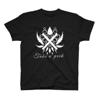 覗いて見て モノクロ2 T-shirts