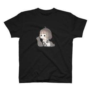 メイドさんと黒猫 T-shirts