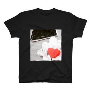 思い出 T-shirts