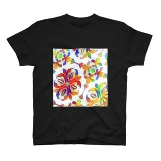 アラベスク柄 T-Shirt