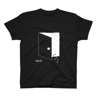 ドアがあいてますよ T-shirts