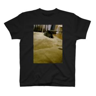 寝落ちT(photo.ver) T-shirts